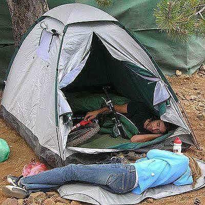 Приколы на рыбалке и отдыхе в палатке