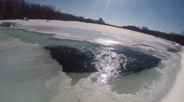 Зимняя река для ловли щуки весной