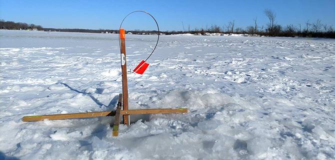 Снасти на льду в глухозимье